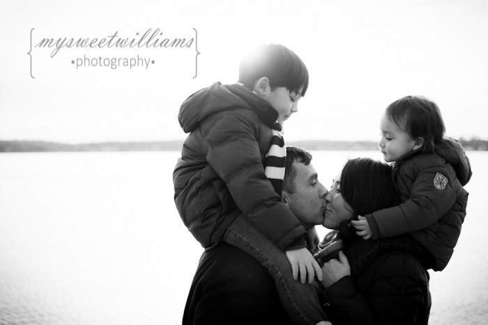 Family kiss C